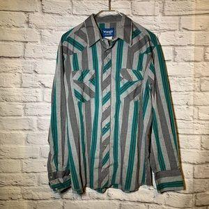 Wrangler western wear men XL snap button shirt 285